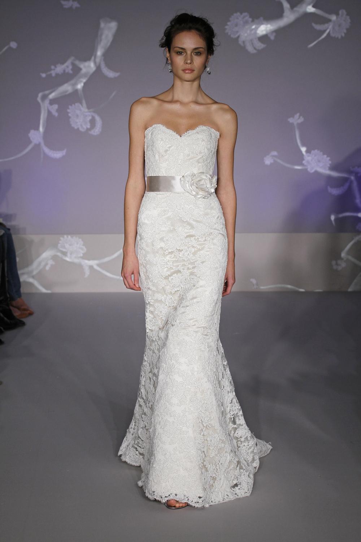 sweetheart lace mermaid wedding dress CUf 7C*SkGRjijFveti76*gtQcOTEkFWKFeBfAqLCzP wA mermaid lace wedding dress White Lace Mermaid