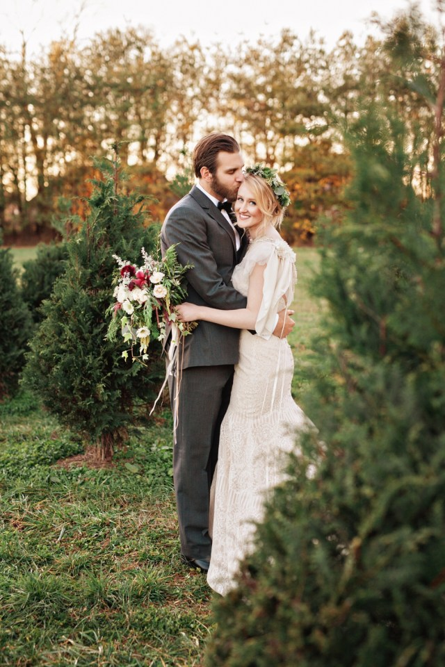Winter Christmas Tree Farm Elopement | Amilia Photography | Nashville Wedding Photographerv
