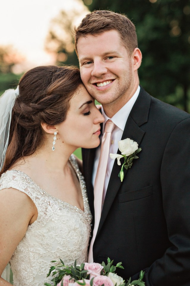 Joyful Emotional Nashville Wedding Photographer Real Moments