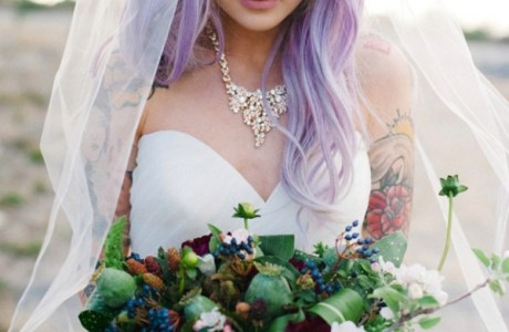 23 Ways to Look Absolutely Beautiful with Colorful Hair on Your Wedding Day