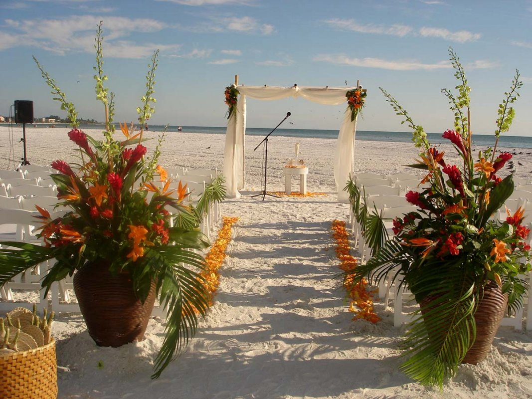 Siesta Key Wedding Beautiful Tropical Theme Sarasota