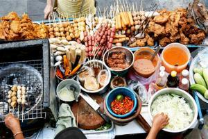Street Food in BangkokSmall 300x200 Bangkok 101 by Emmanuel Roldan