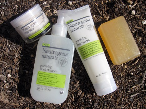 Neutrogena1 Neutrogena Naturals makes it easy to be green