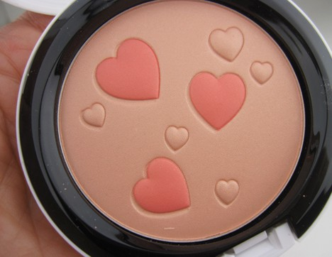 MACArchielips4 MAC Archie's Girls Lips and Cheeks – review, photos & swatches