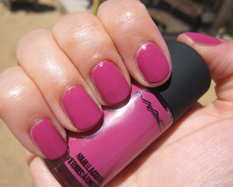 MAC Fashion Sets Embrace Me nail lacquer