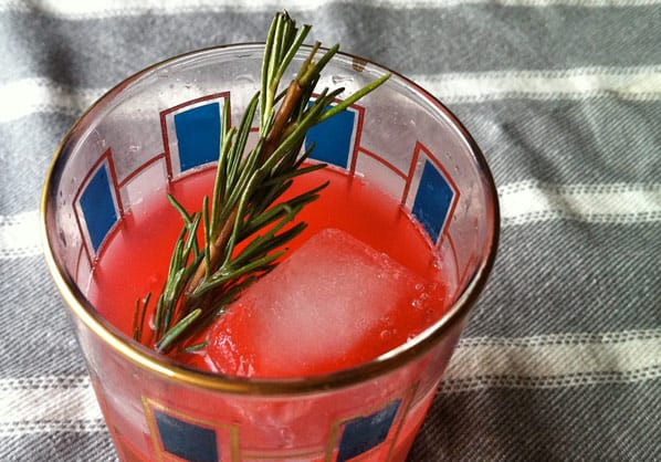 Raspberry-Rosemary-cocktail-recipe-7