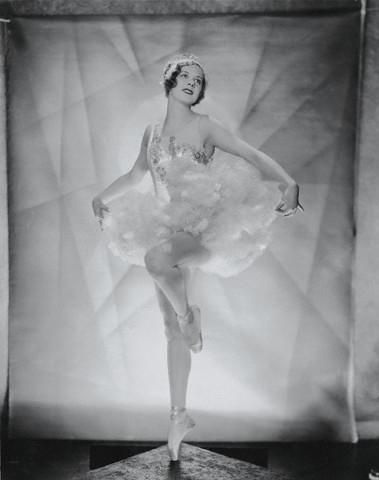 actress Marilyn Miller 1932