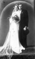 1930s_wedding_dress.JPG
