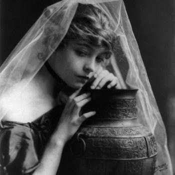 Silent Movie star Lillian Gish