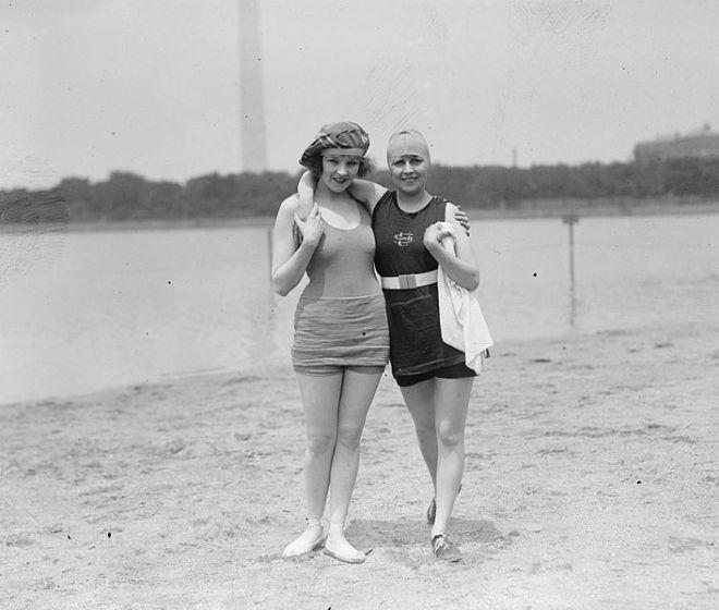 1920s swimwear