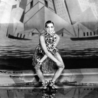 Josephine Baker dancing the Charleston