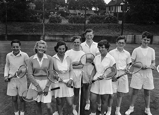 1950s tennis fashions