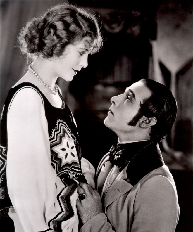 1920s movie stars Vilma Bánky & Rudolph Valentino in The Eagle