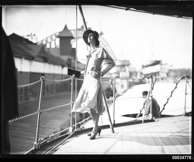 An elegant 1930s sailor suit