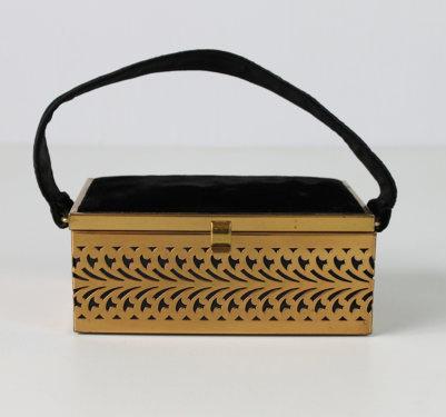 Vintage 1940s box handbag