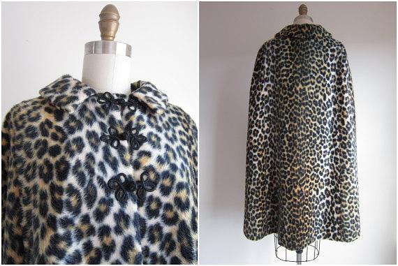 Vintage 1960s Leopard Cape