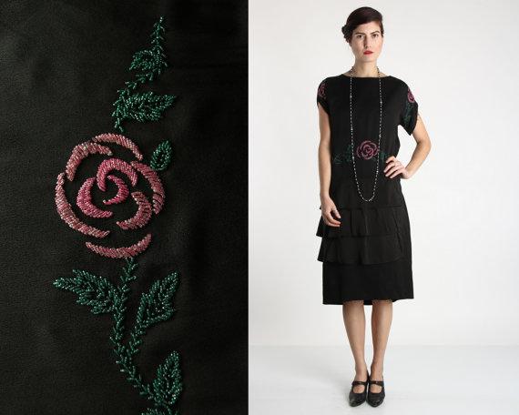 BEADED FLAPPER DRESS Rose Detail