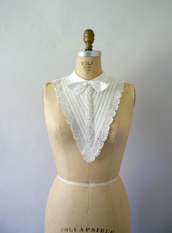 Vintage 1950s Dress Collar - White Cotton Crochet Collar