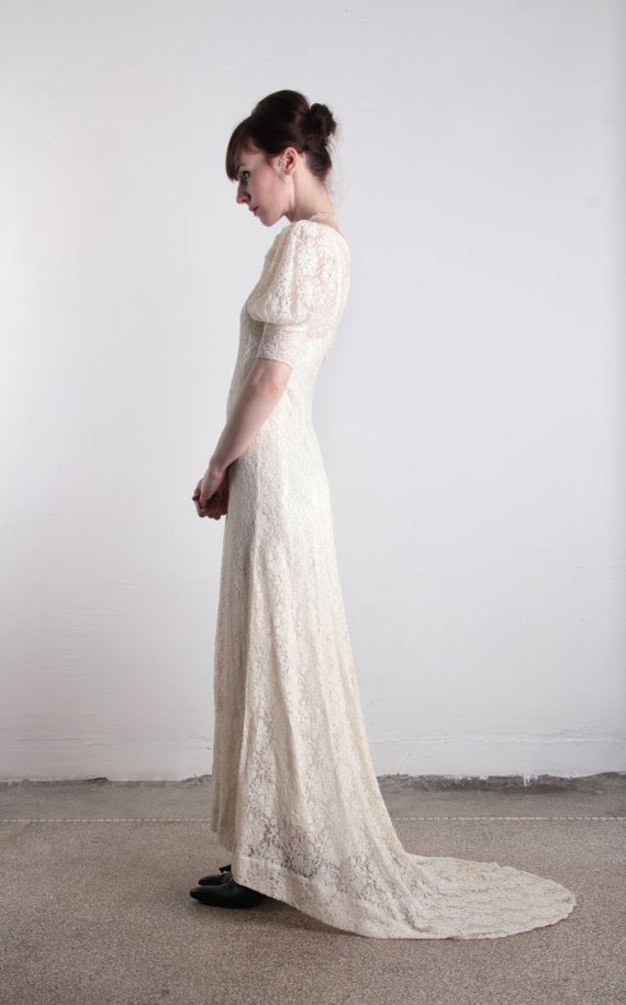 Vintage 1920s Lace Wedding Gown