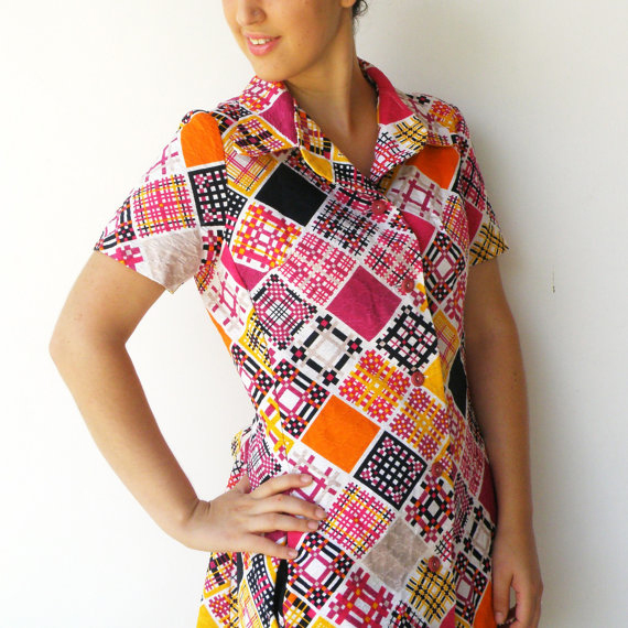 Vintage late 1960s Patterned Diamond Robe Dress