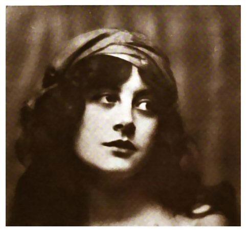 Silent Movie actress Malvina Longfellow