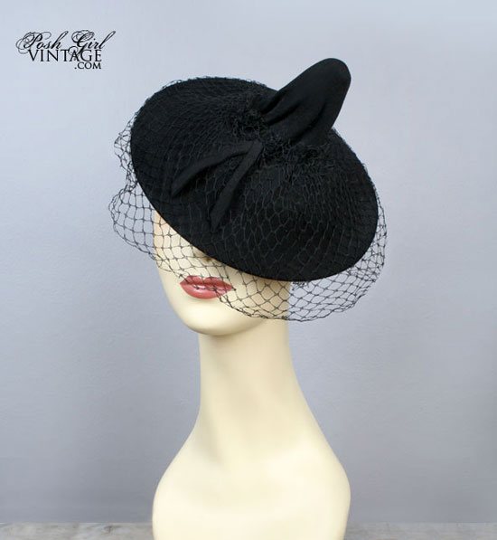 1930's Black Tilt Top Veiled Vintage Hat
