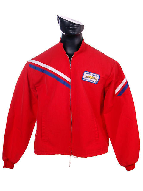 VINTAGE MENS JACKET RED COTTON AIRCRAFT/PILOTS ASSOCIATION PATCH 1960S