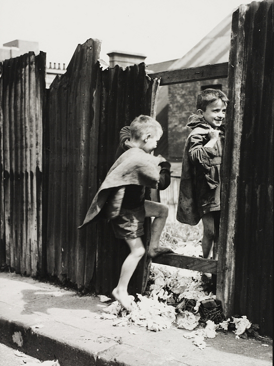 Slum children 1940s