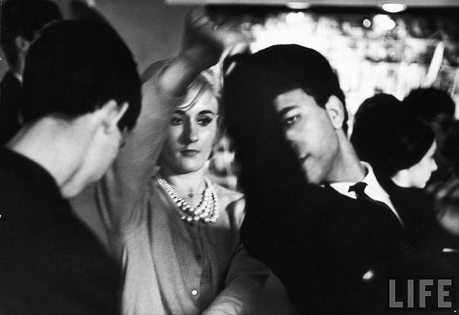 Swinging 60s Paris