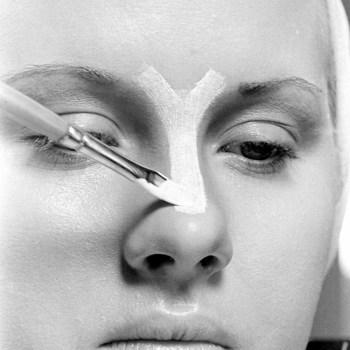 An Original 1940s Make-Up Tutorial (Including Contouring!)