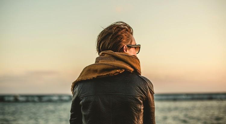 Manchmal hilft es, weder mit noch gegen den Strom zu schwimmen, sondern sich ans Ufer zu setzen und eine kleine Pause einzulegen. - Unbekannt