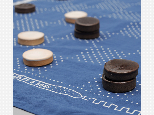 Stanely_Sons_Beach_Checkers_Set_2