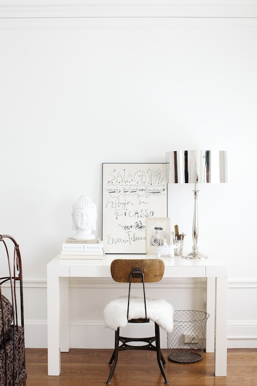 all white and wintry workspace (via Sacremento Street)