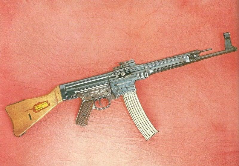 Sturmgewehr 44