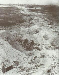 Eroberter deutscher Graben an der Somme