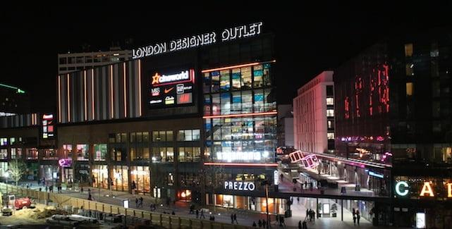 London Designer Outlet at night
