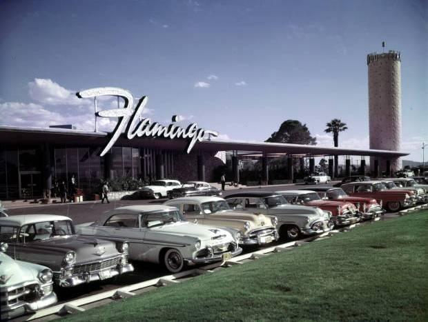 Resultado de imagem para gângster Bugsy Siegel e o hotel el flamingo