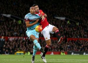 Video Manchester United v West Ham 2015 Extended Highlights (English Commentary)