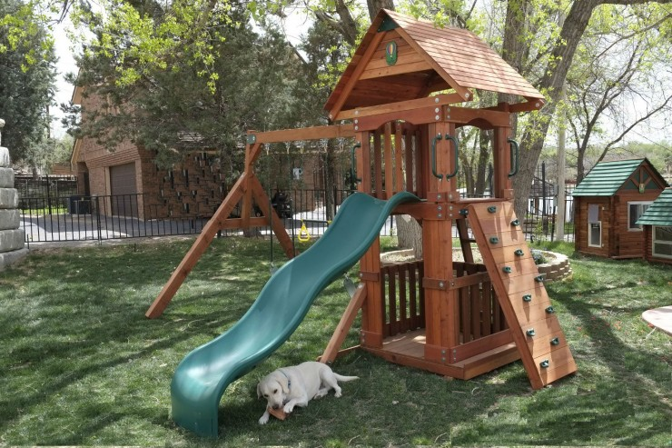 Wooden small yard swing set wooden play for Small wooden swing sets