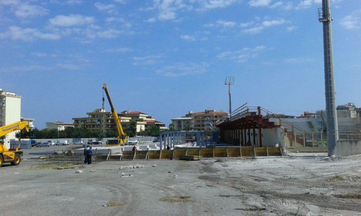 L'ampliamento della tribuna (via WeSud)