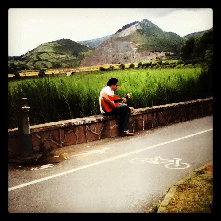Guitarrista Portugalete España by Alyssa Yankwitt