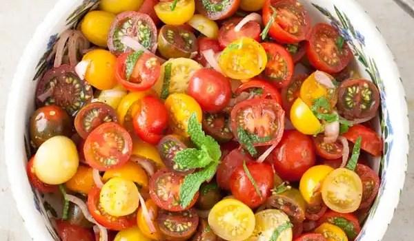 Tomato Balsamic Mint Salad {Whole30, Paleo, Vegan}