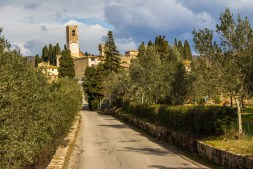 Road to Passignano