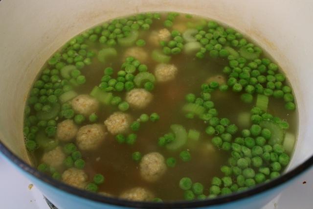 matzah ball soup, chicken, pot pie, chicken broth, matzah balls