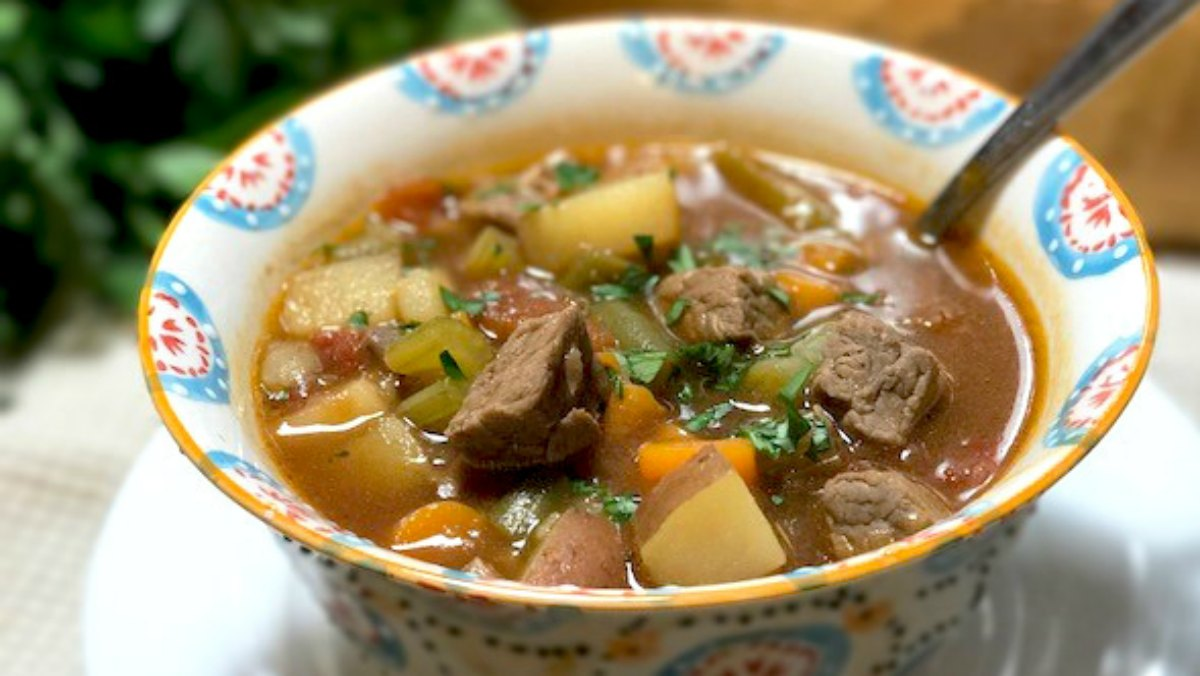 Charmful Vegetable Beef Soup Slow Cooker Pressure Cooker Instructions Vegetable Beef Stew Leftover Roast Noodles Vegetable Beef Stew nice food Vegetable Beef Stew