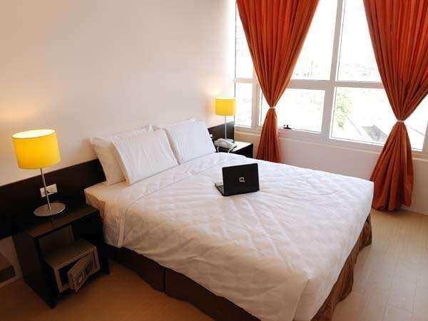 Go Hotels Mandaluyong 05