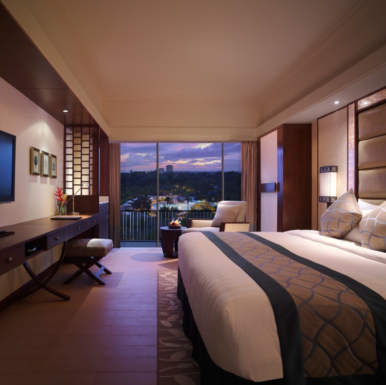 Shangri-La's Mactan Resort & Spa 02