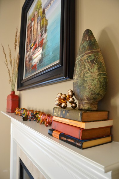 Whats Ur Home Story: Fall mantle, Sherwin Williams Latte