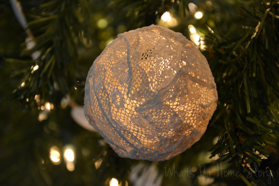 Whats Ur Home Story: handmade Christmas decorations, diy christmas ornament, handmade christmas ornament, unique ornament, natural decor Christmas,vintage lace christmas ornaments, lace ornaments