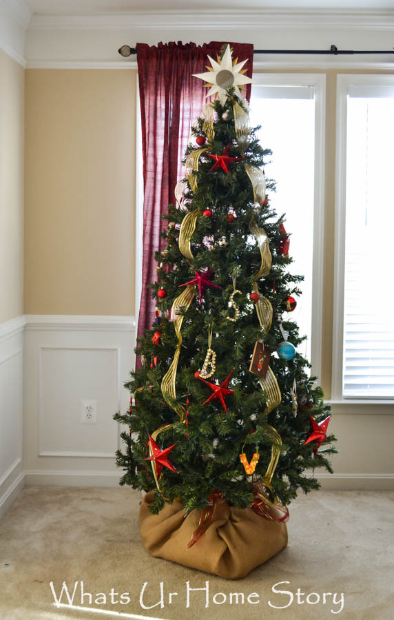 Star Themed Christmas Tree-Whats Ur Home Story